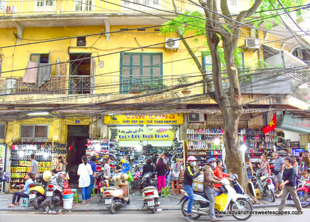 beautiful kind of chaos in Hanoi Old Quarter