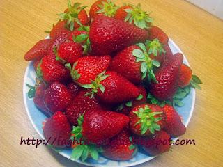 Λικέρ φράουλα - από «Τα φαγητά της γιαγιάς»