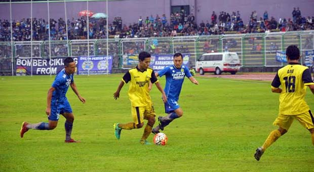 Persib Bantai Pringan United 7-1