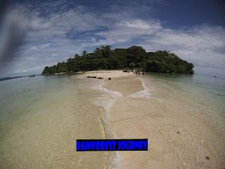 Paket Snorkling di Pulau Liwungan