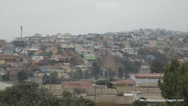 Vista das janelas da casa Museu La Sebastiana - Valparaíso, Chile