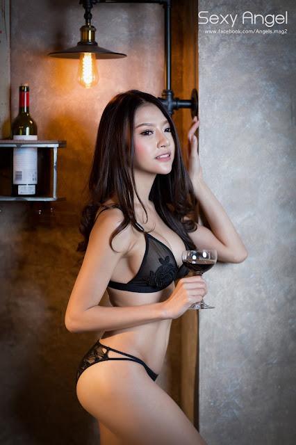 Hot girls Thai porn model Nirada Guernongkun 2
