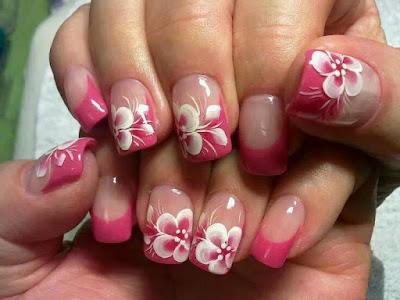 unhas em tons de rosa decoração nas unhas