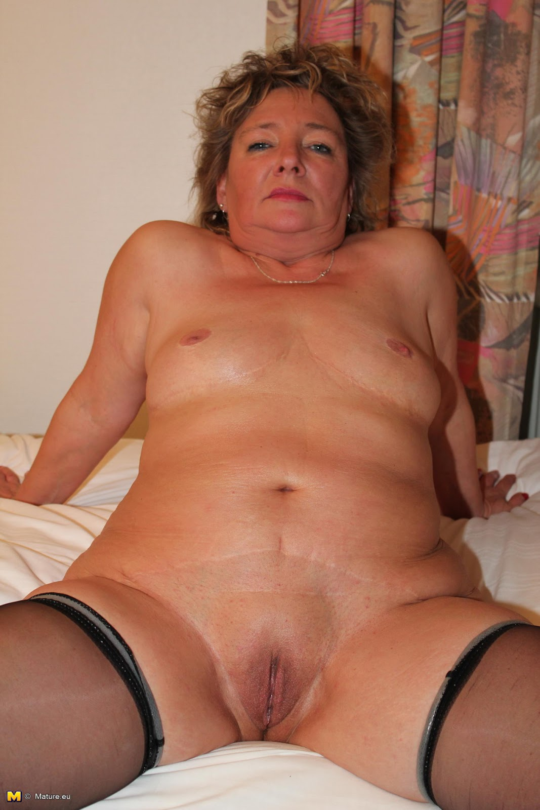 German mature lady loves cum