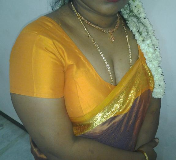 Tamil Aunty Sumitha - Hidden Sex Pictures-6724