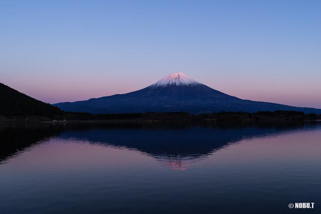 2017年元日の夕景・紅富士~田貫湖