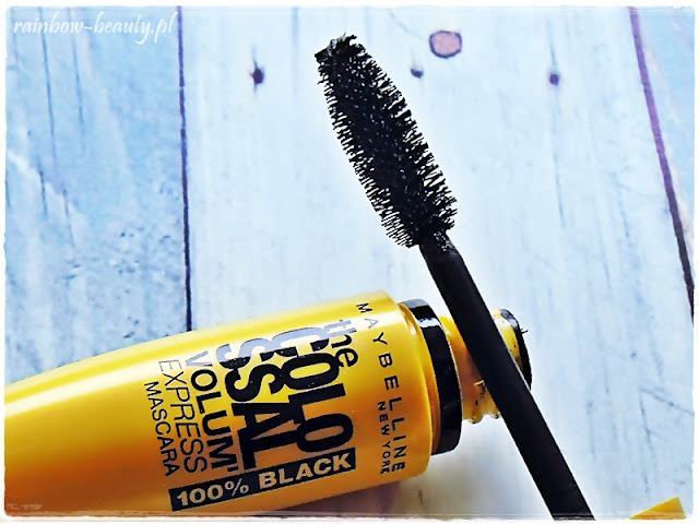 maybelline-the-colossal-volum-black-mascara-tusz-do-rzes-pogrubiajacy-opinie-blog-cena