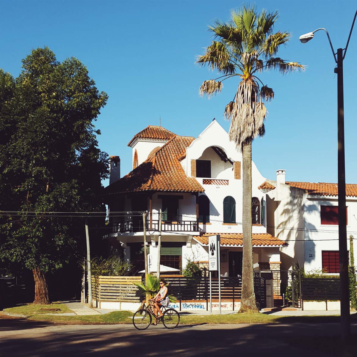 Bate e volta desde Montevideu