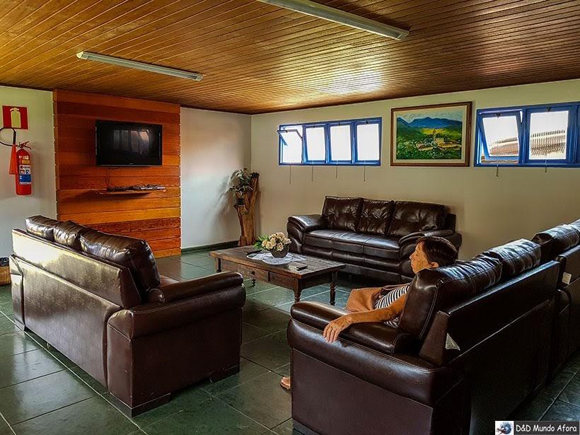 Sala de TV na Pousada do Caraça: onde ficar no Santuário do Caraça