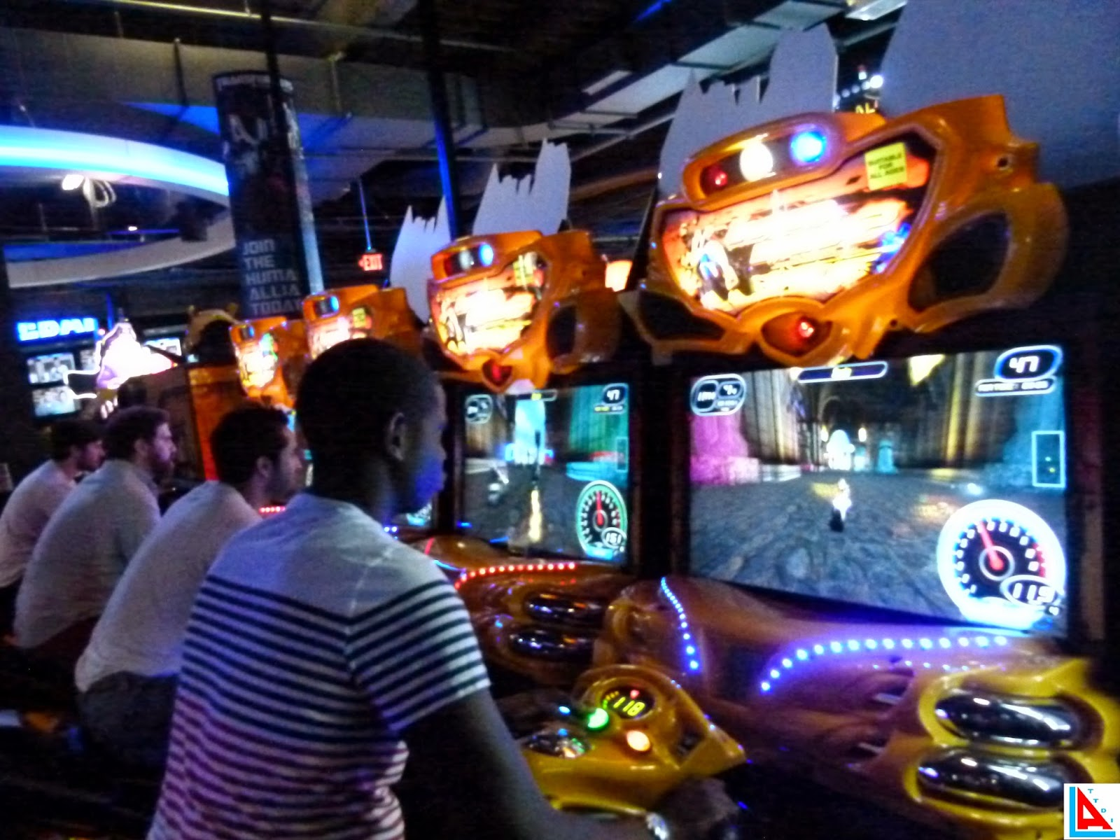 Things To Do In Los Angeles Dave Buster S Grand Opening