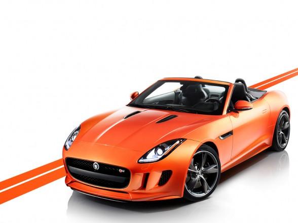 2013 Jaguar F-Type Firesand Front
