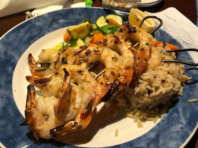qatar, katar, yemek, katarda yeme içme, qatar food, build it burger, tabbouleh, humus, red lobster, katar yemek, mekan tavsiye, doha yemek, ne yenir, neresi gezilir, gezi, seyahat, katar içki, alkol, qatar alcohol