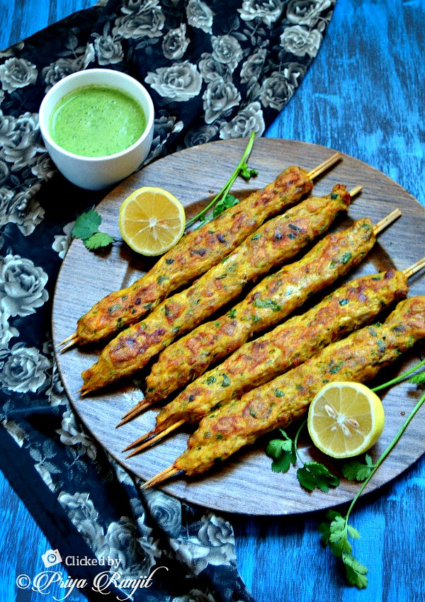 Chicken Seekh Kabab Recipe | Easy Minced Chicken Recipes