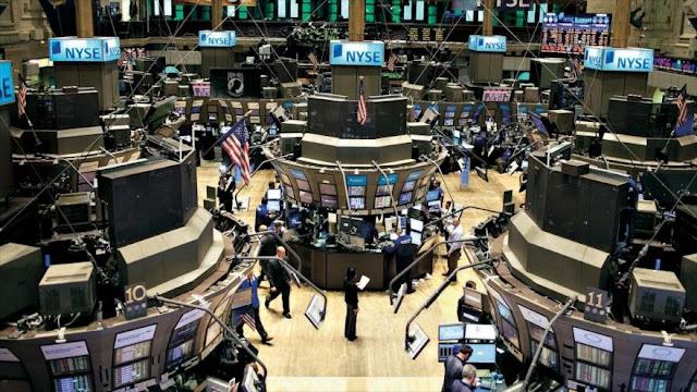 Wall Street cae por miedo al fracaso de diálogos EEUU-China