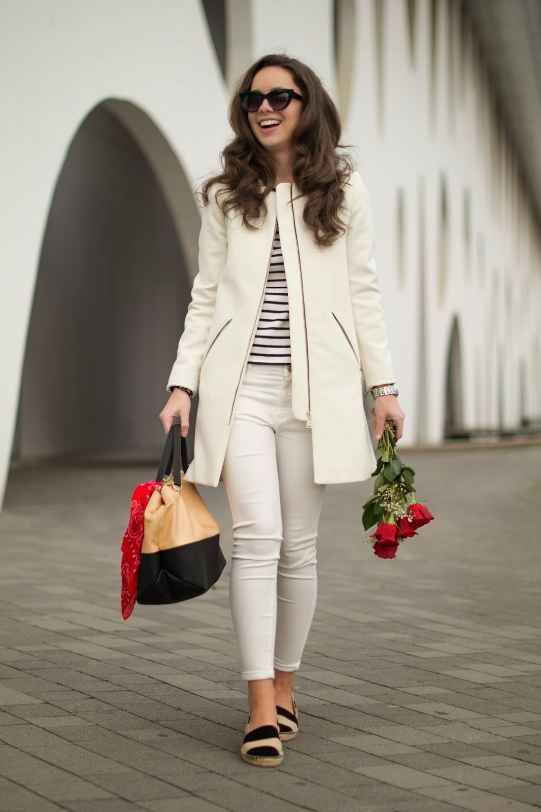 Cómo combinar un abrigo blanco en primavera