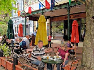 Outdoor Cafe Nelson New Zealand