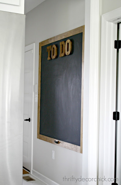 How to build a large chalkboard on wall