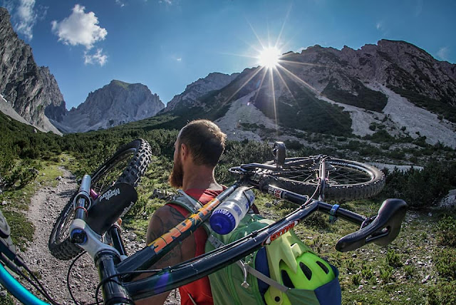 Aufstieg MTB - Mountainbike Tour Grünsteinscharte