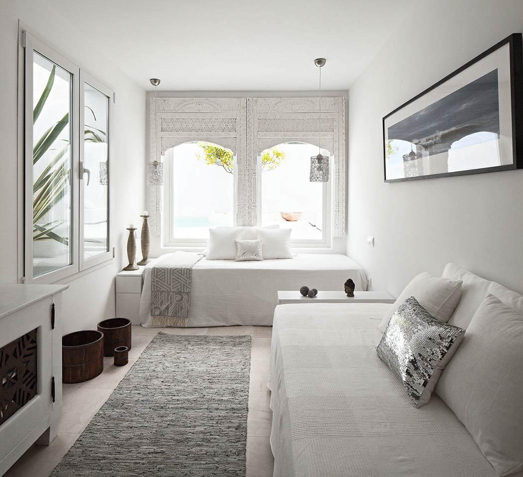 Estilo marroquí para un dormitorio en blanco