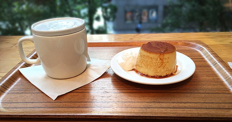 JR有楽町駅から日比谷ミッドタウン方面へ徒歩4・5分ほどにある『Café&Meal MUJI日比谷』の本和香糖の焼きプリン