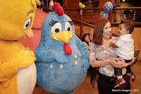 Aniversário do Lorenzo no Espaço Zoe - Buffet Infantil , aniversário  com assessoria de Gisa Araujo com o tema galinha pintadinha