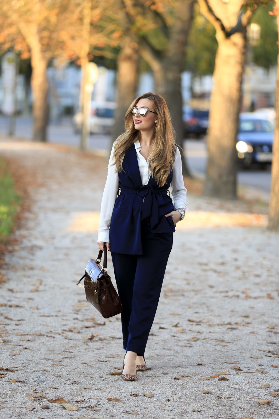 Dior Sonnenbrille-Blogger mit Dior sonnenbrille-casual Chic Look-Blogger-Fashionblogger-Streetsylelook-Streetstyleblogger-Fashionstylebyjohanna-Olivia Palermo Style -Business look- Casual Look- Chic