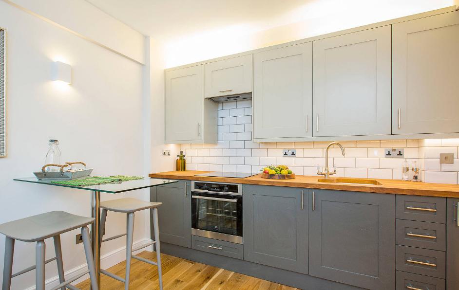 31 Model Kitchen Set Minimalis Untuk Dapur Kecil dan Sempit