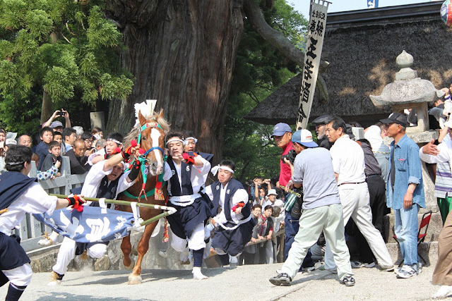 Gore-E Furyu at Tamawakasu-mikoto Shrine, Oki Island, Shimane