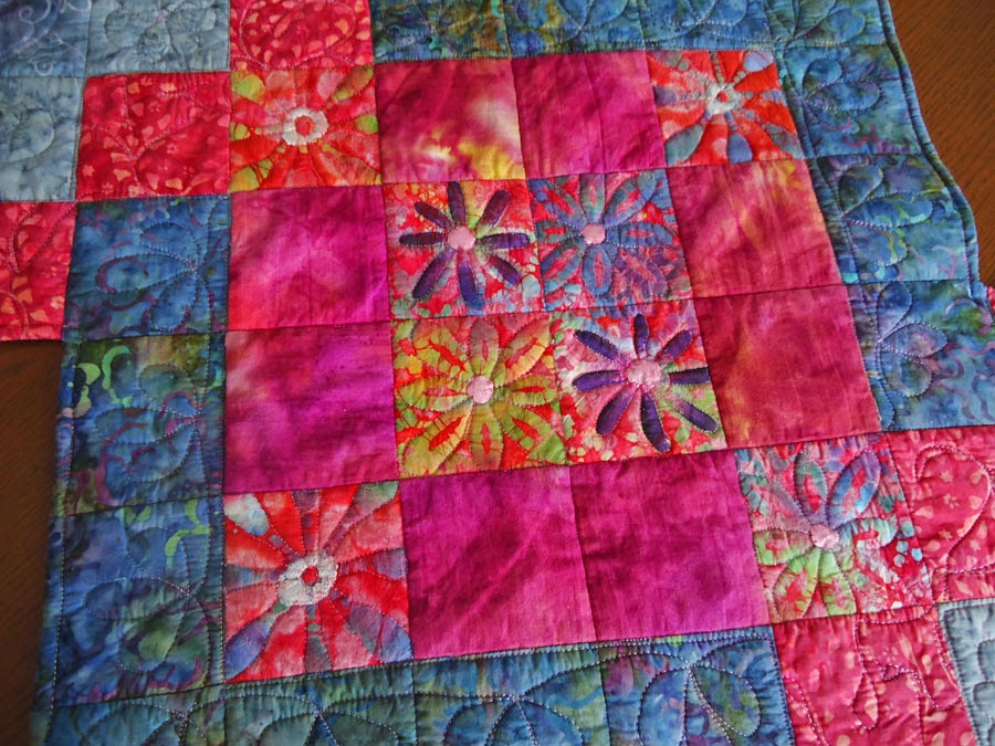 Centre quilting to highlight the flowers
