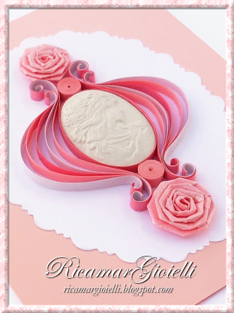 Quilling card Cammeo con Rose