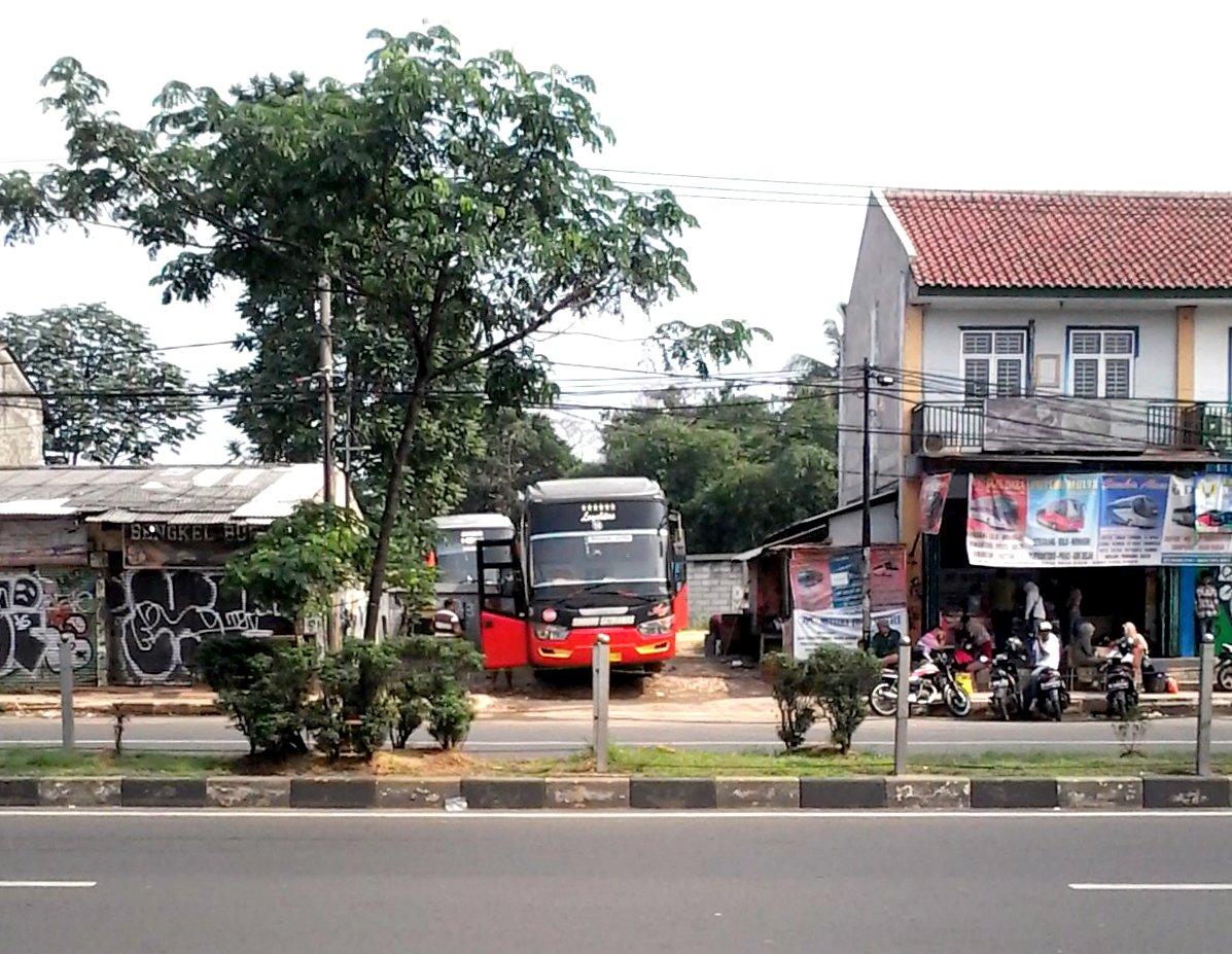 Agen bus Agen bis di daerah Depok Margonda