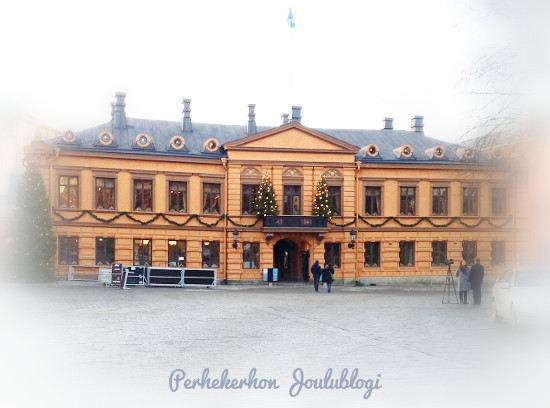 Kuva: Joulurauhan julistus Turussa Brinkkalan talossa kello 12