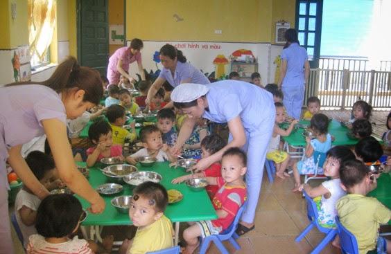 An toàn thực phẩm trong trường mầm non