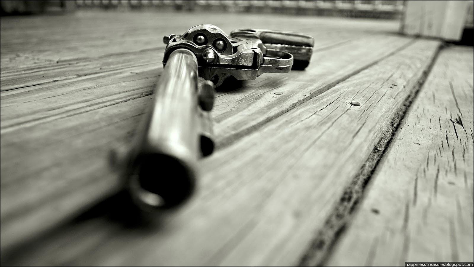 Guns Wallpaper Hd: Secrets Of Happiness: HD Gun's Wallpaper