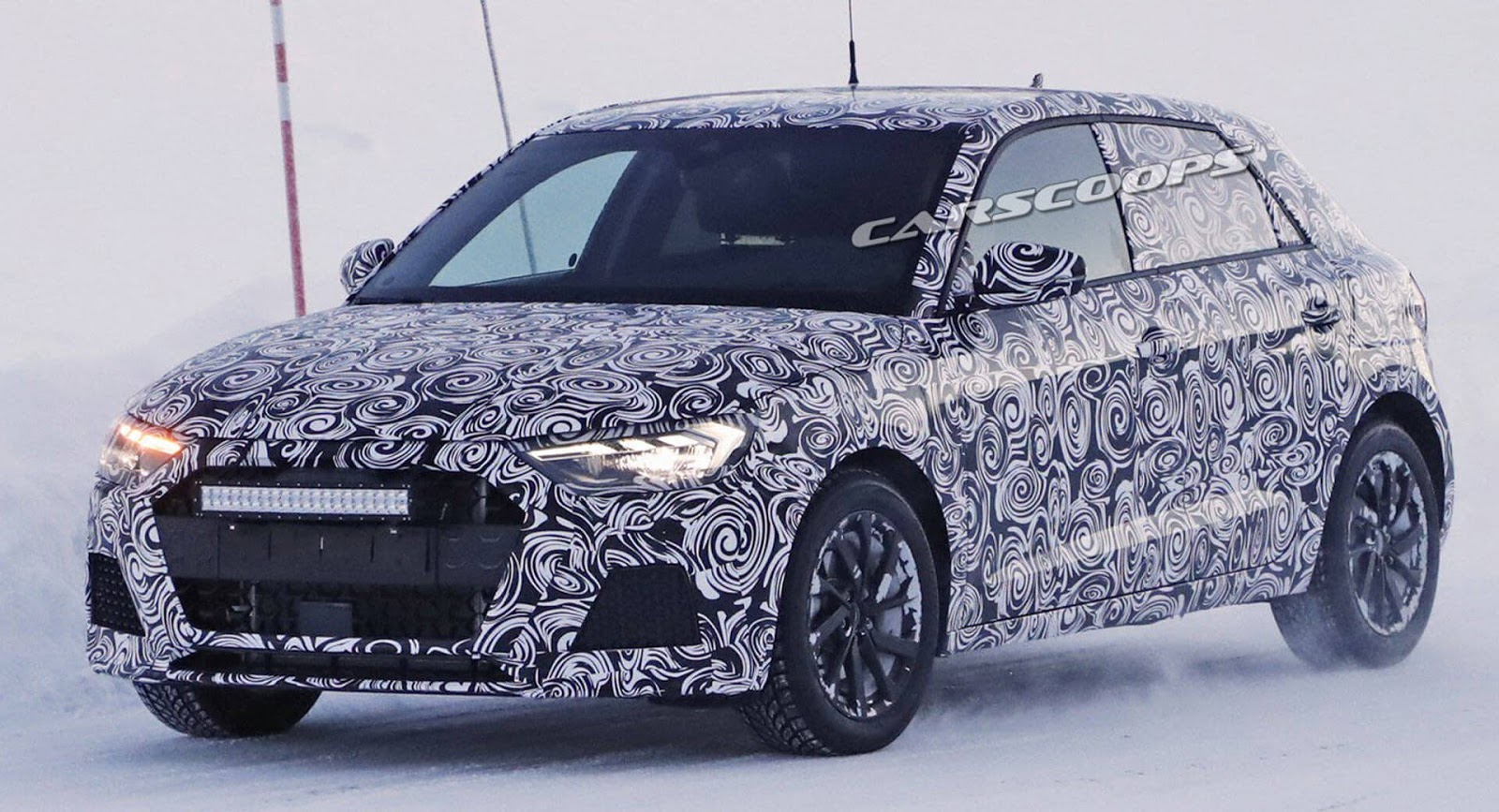 2019 audi a1 scooped playing in the snow motorshout. Black Bedroom Furniture Sets. Home Design Ideas