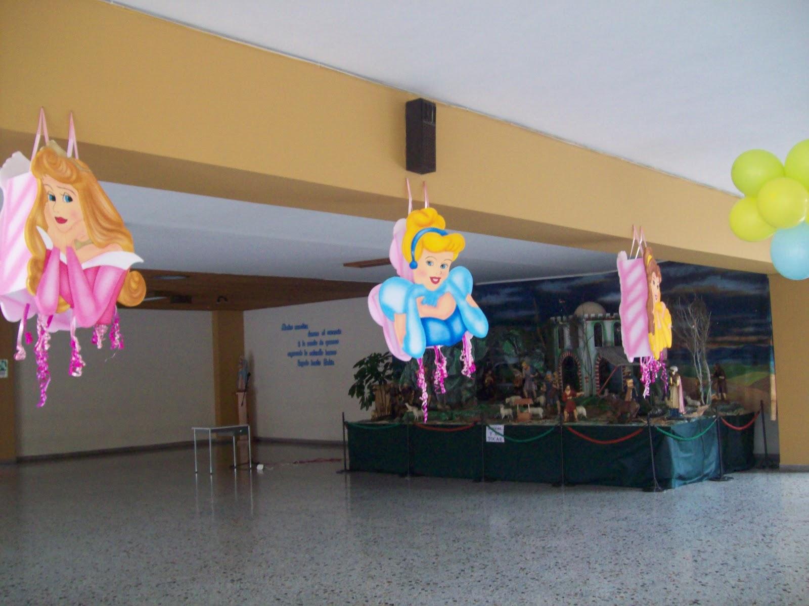 Decoracion fiesta de princesas disney figuras en icopor - Regalos para pinatas ...