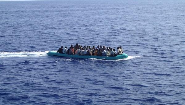 Naufragan cuatro barcos con 400 personas en aguas egipcias