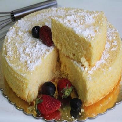 http://www.lifemartini.com/delicious-american-sponge-cake-recipe/
