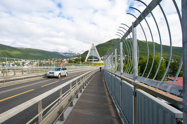 Vista dal ponte Bruvegen Bridge-Tromsøbrua-Tromso