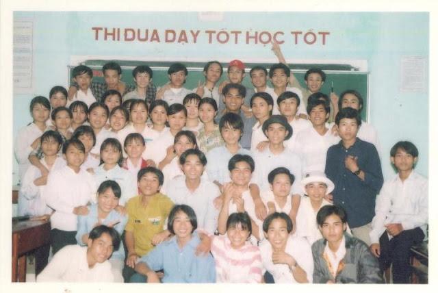 lớp 12E nguyễn trung thiên khóa 2000-2003