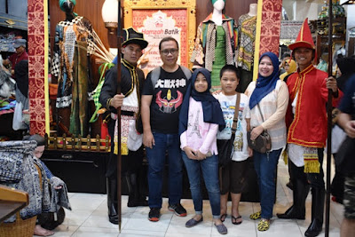 belanja di hamzah batik jogja review hotel graha kinasih kotabaru yogyakarta jogja nurul sufitri mom lifestyle blogger traveling culinary pegipegi