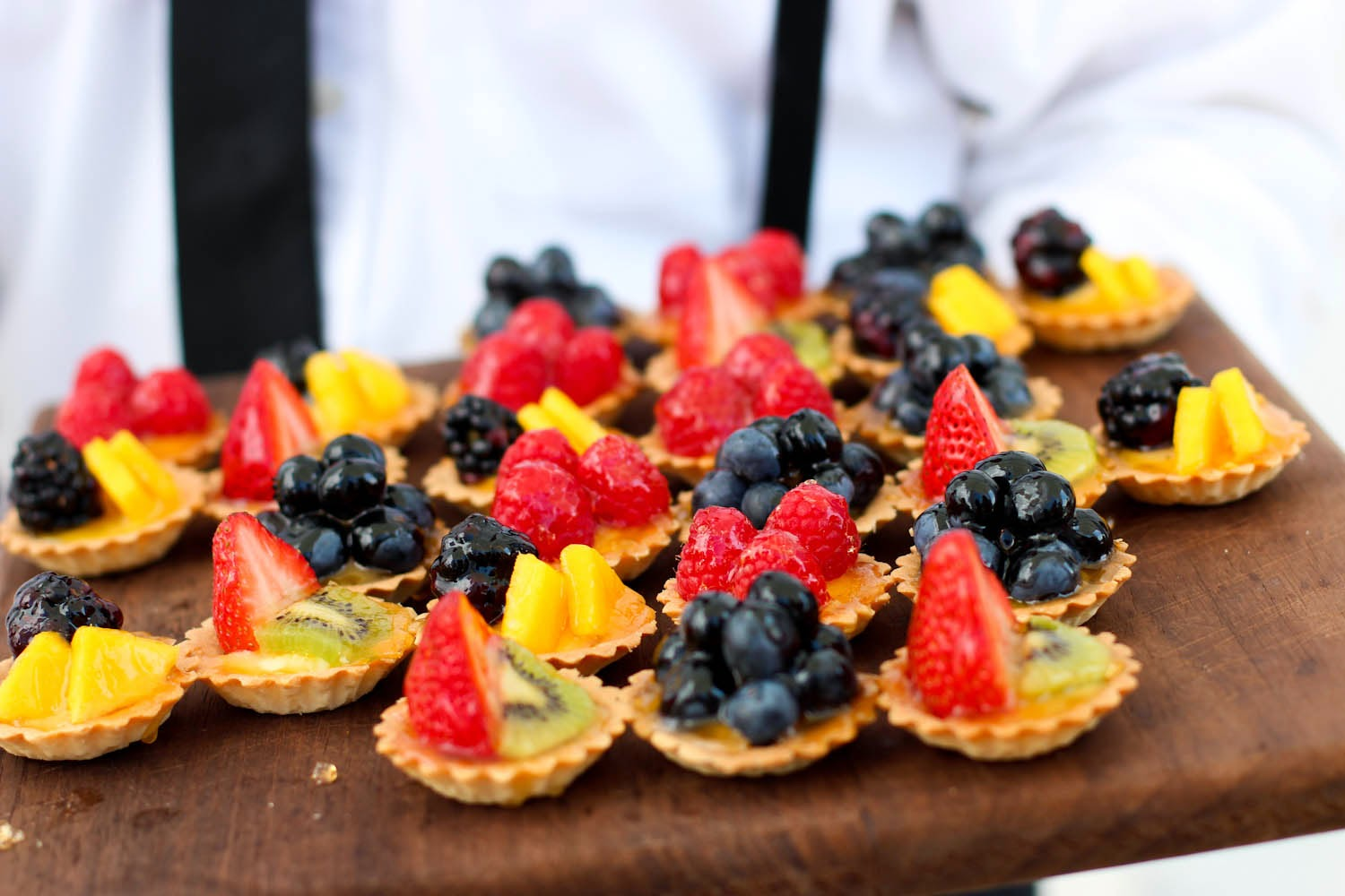 tori burch preview, fruit pastries