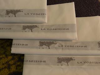 http://www.tgl.fr/fr/torchon-cuisine-made-in-france/torchons-a-inscription-tissee-exclusivites-tgl_2300_-b.html