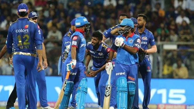 Jasprit Bumrah grimaces after hurting his shoulder