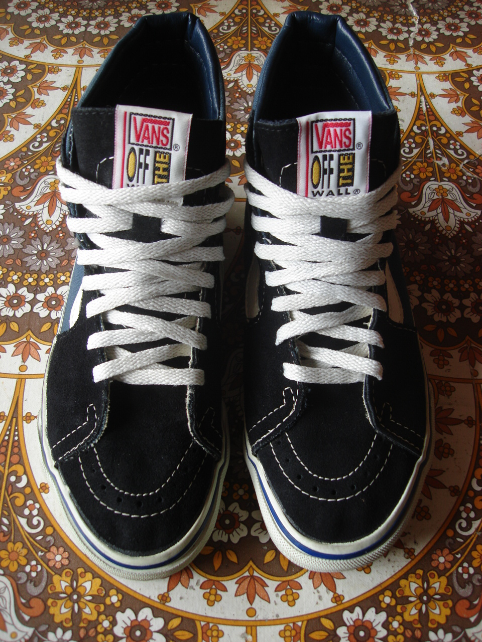 12f50755e192 theothersideofthepillow  vintage VANS sk8-hi style  38 MADE IN USA ...