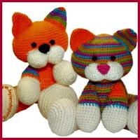 Gatos de colores amigurumis
