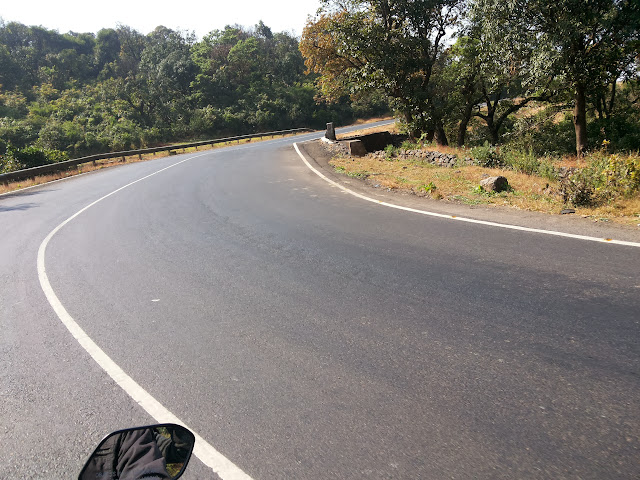 Pune to Nashik highway