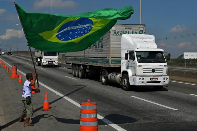 Greve de caminhoneiros deixa rastro de prejuízos bilionários em todo o País