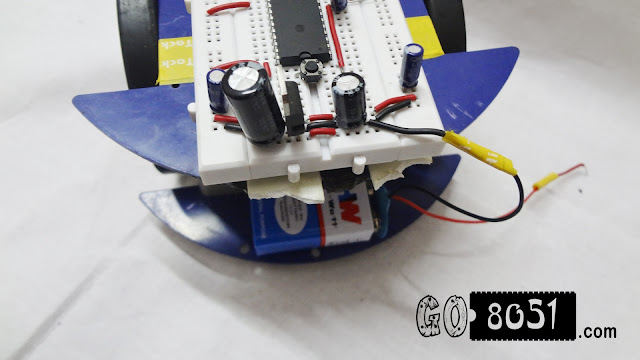 Making a Line Following Robot (LFR) with 8051 Microcontroller on Breadboard