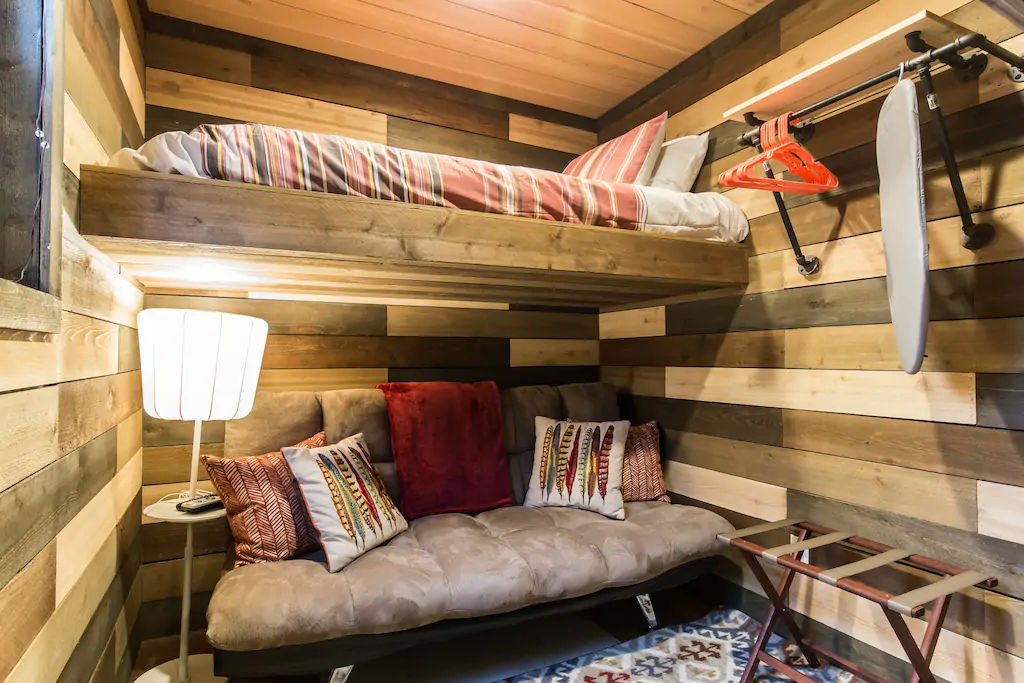 Shipping Container Homes & Buildings: 2 Bedrooms 40 ft Cozy Wood Interior Design Shipping